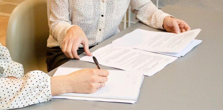 Unterschrift Übersetzung einer Urkunde